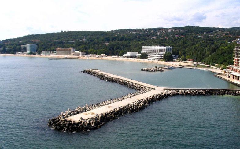 Sunny Day Resort