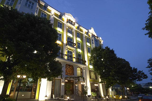 Grand Hotel London, Varna