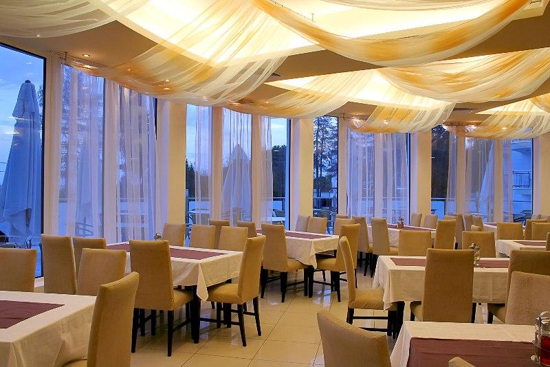 Aqua Azur Hotel, St Constantine and Helena Resort