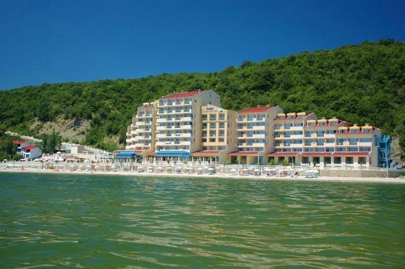 Royal Bay Hotel, Elenite Holiday Village